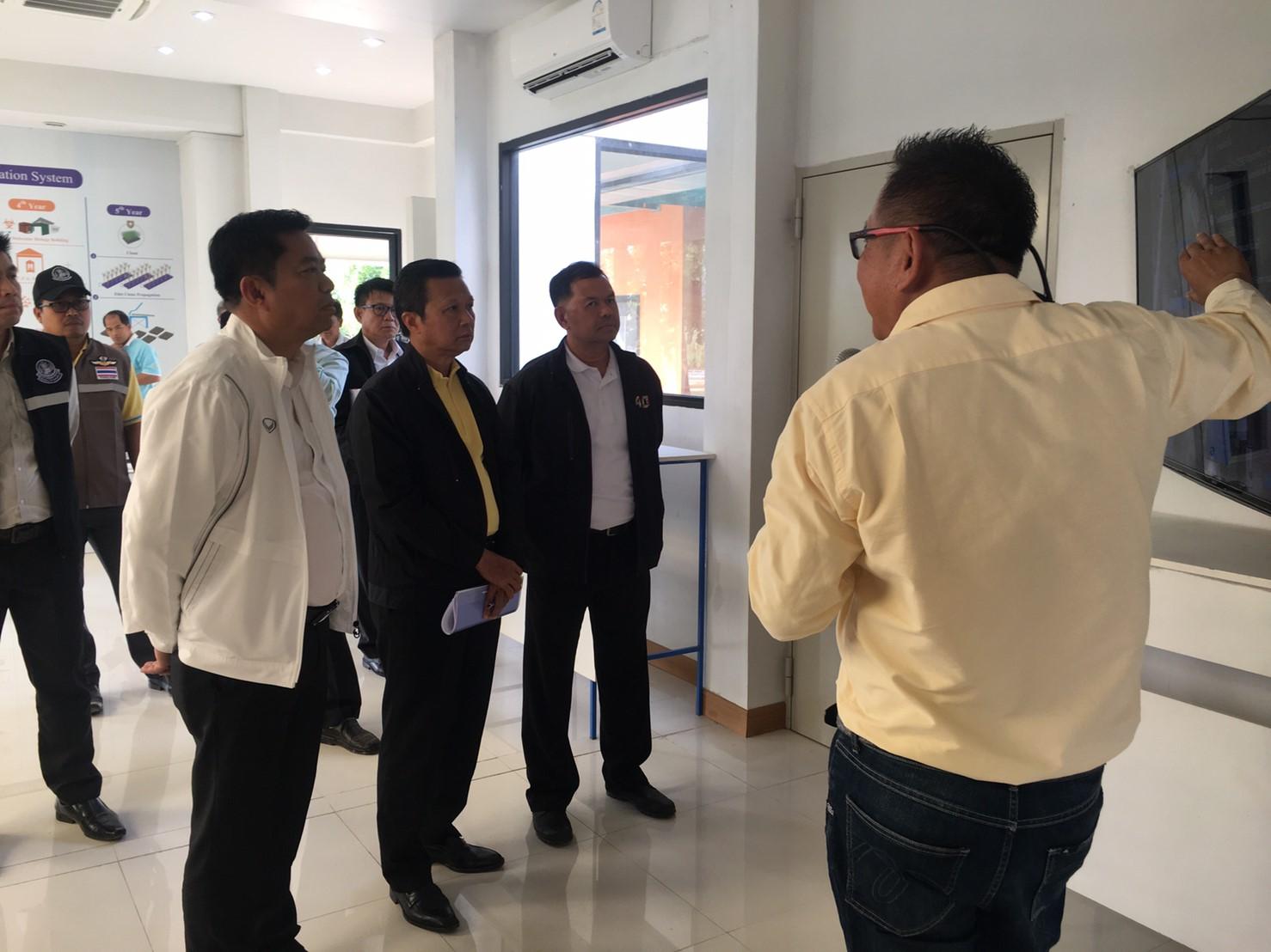 เมื่อวันที่ 6 พฤศจิกายน 2562 นาย เอกภัทร วังสุวรรณ นำทีมเข้าเยียมชมเพื่อต้อรับคณะ ครม.สัญจร ในวันที่ 11 พฤศจิกายน 2562 ณ ศูยน์การปรับปรุงพันธุ์อ้อยแห่งประเทศไทย (Thailand Sugarcane Breeding Center)